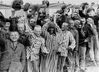 أحداث شهر أبريل 140px-Prisoners_liberation_dachau
