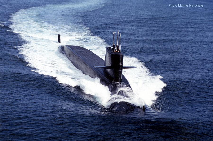 Novembre 2012 - Installation de la délégation interministérielle contre la violence scolaire d'Eric Debarbieux - Page 3 04-sous-marin-g