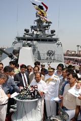 تقرير عن الجيش الهندي INS_Shivalik_First_Indigenous_Stealth_Frigate_Indian_Navy_2_thumb