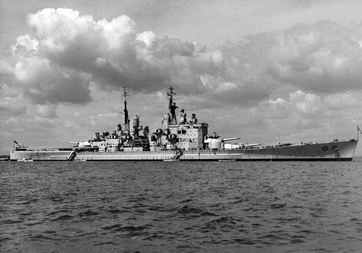 حصرى للمنتدى/قراءة في الخلفية التاريخية لتطور القوة البحرية+(صور) 1950_00_00_vanguard_a
