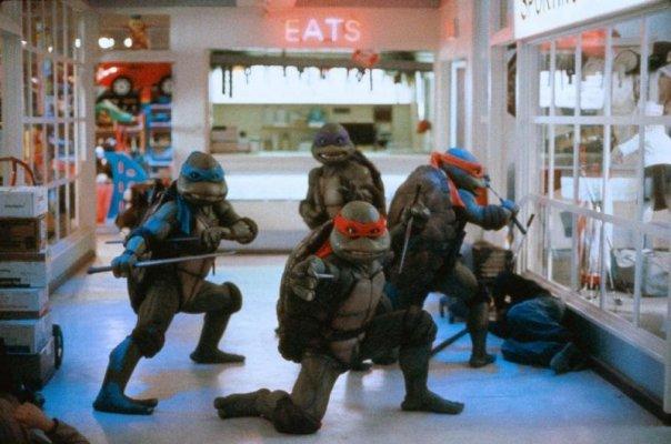 Tortugas Ninja 2: El Secreto de los Mocos Verdes/ Teenage Mutant Ninja Turtles II: The Secret of Ooze - Michael Pressman (1991) Ninja-Turtles