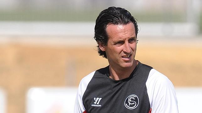 Sevilla FC. : Expectación e incertidumbre Emery-reyes-motivado-644x362