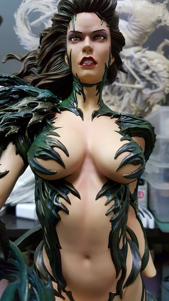 Premium Collectibles : Witchblade - Page 2 Witch4
