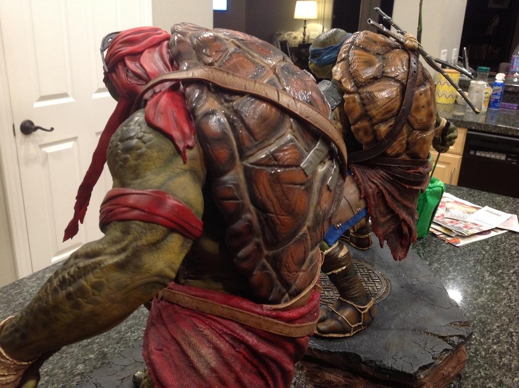 TMNT 2014 - Leonardo 1/4 Statue Double3