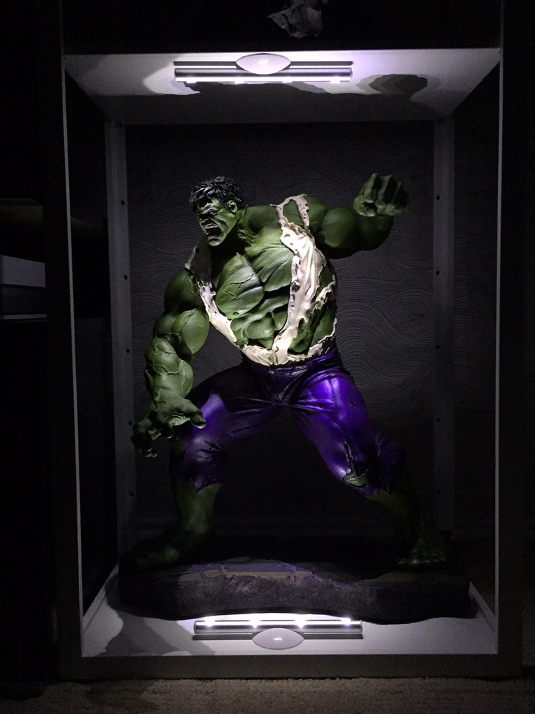 Premium Collectibles : Incredible Hulk - Comics Version - Page 2 0