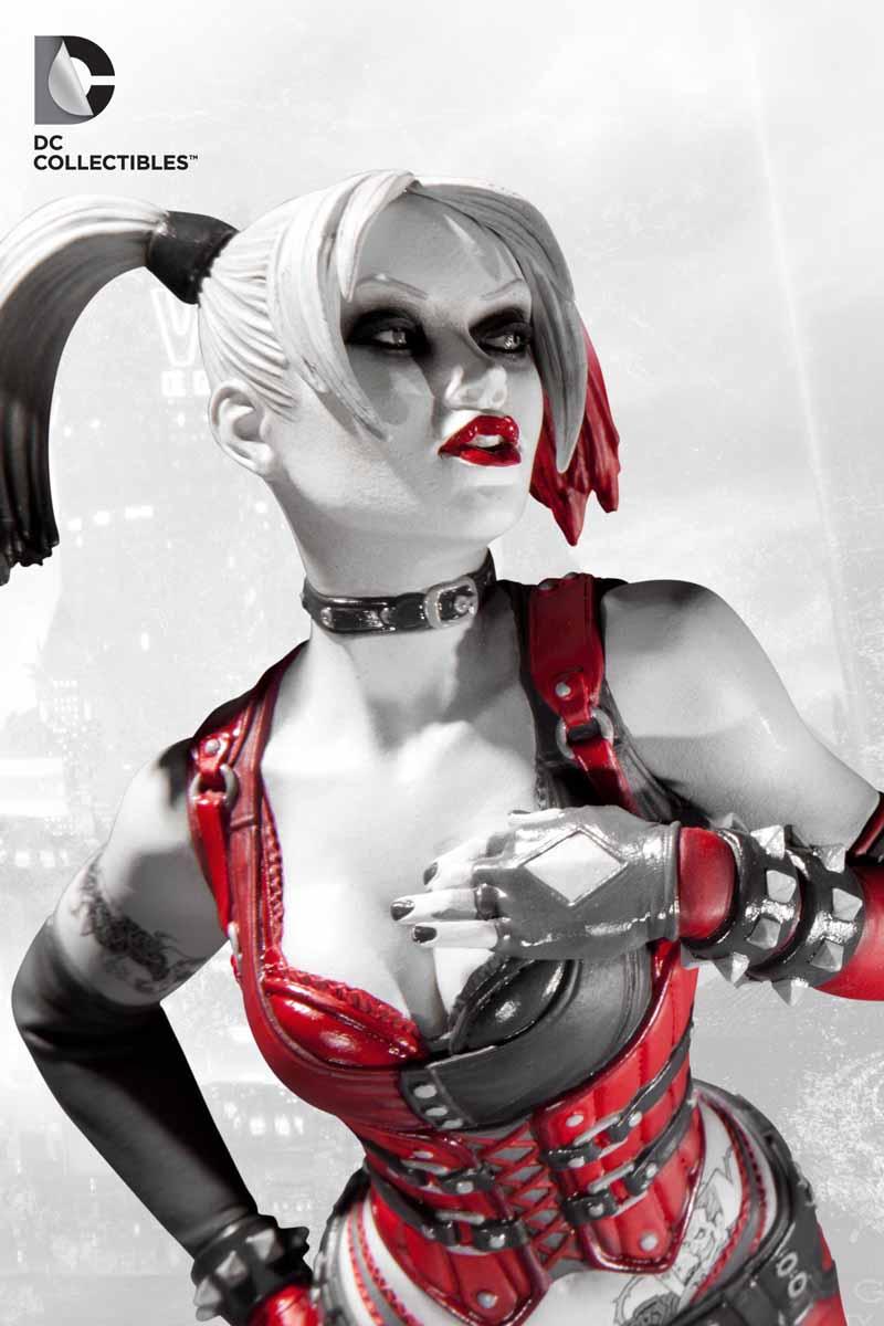 Batman: Arkham City - Harley Quinn Statue Arkham_Statues_HQ_3