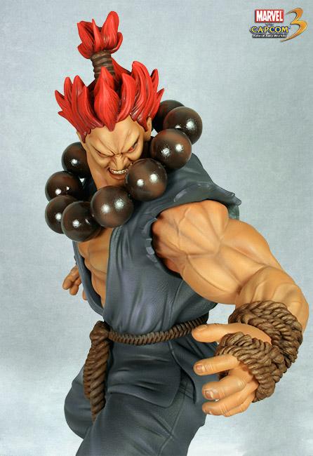 HCG : Marvel vs Capcom 3: 1:4 Scale Dr. Doom vs Akuma Akuma_doom13