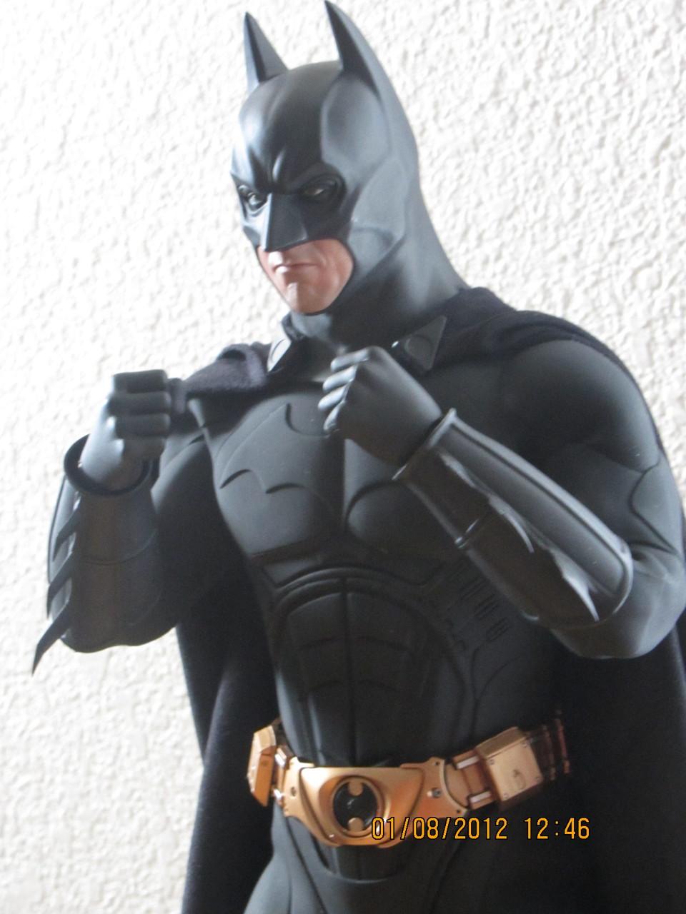 "BATMAN ""THE DARK KNIGHT"" : ENTERBAY -  1/4 SCALE 3"