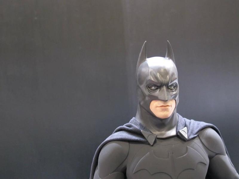 "BATMAN ""THE DARK KNIGHT"" : ENTERBAY -  1/4 SCALE Batman1"