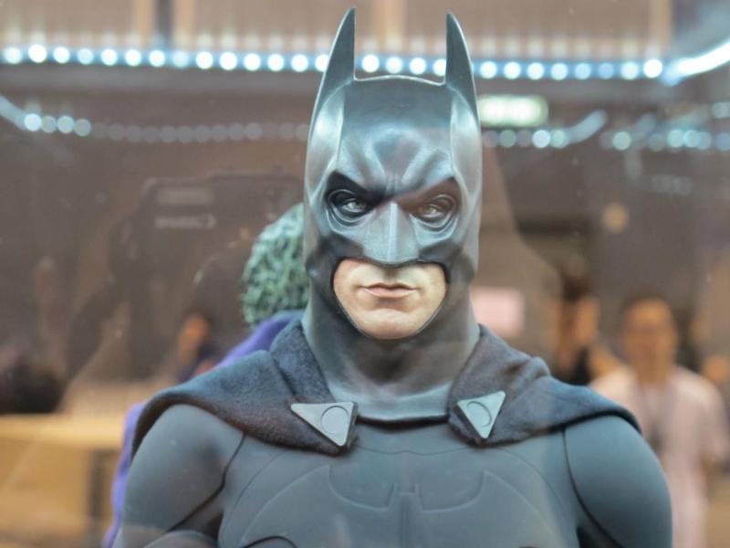 "BATMAN ""THE DARK KNIGHT"" : ENTERBAY -  1/4 SCALE Batman5"