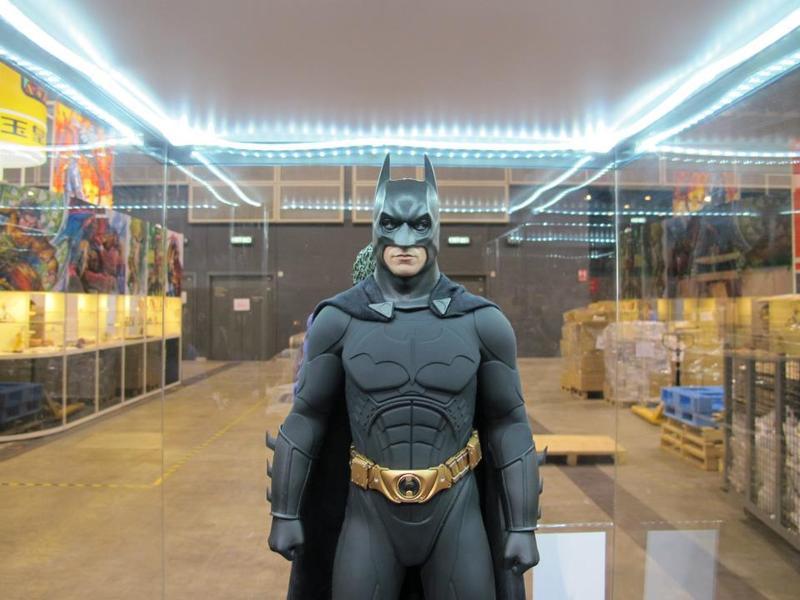 "BATMAN ""THE DARK KNIGHT"" : ENTERBAY -  1/4 SCALE Batman6"