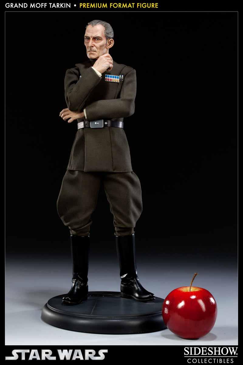 STAR WARS: GRAND MOFF TARKIN Premium format 300095_press02