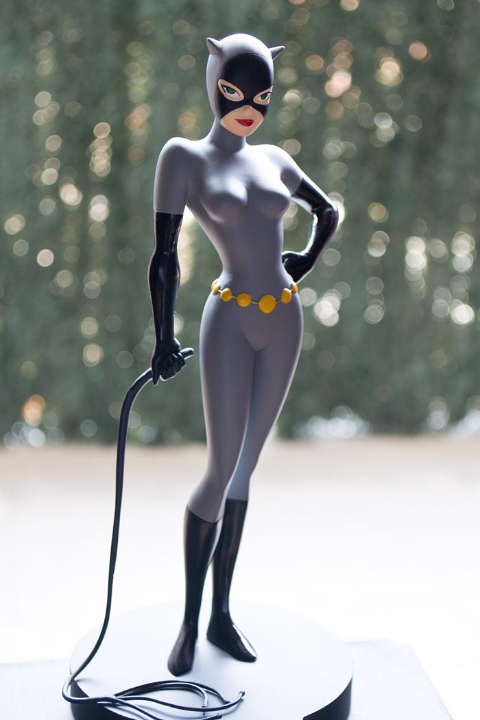 DC COMICS CLASSIC ANIMATION SERIES: BATMAN THE ANIMATED SERIES: CATWOMAN Maquette DSC_1701