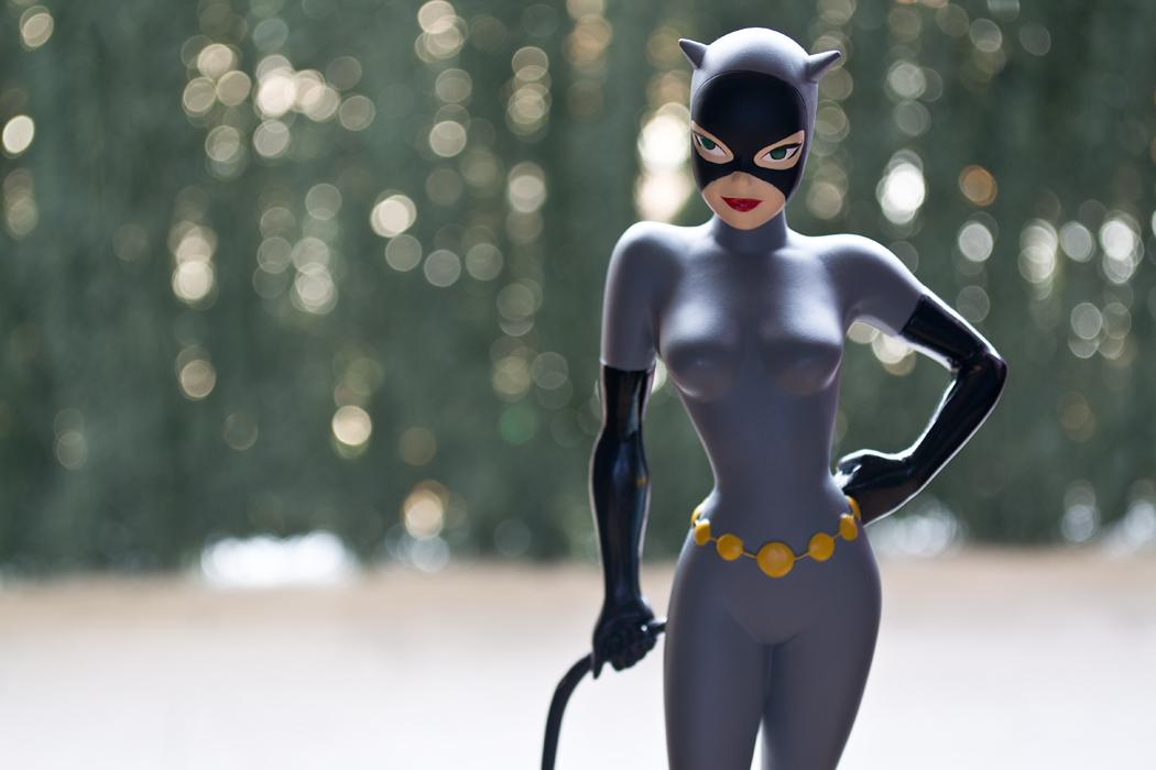DC COMICS CLASSIC ANIMATION SERIES: BATMAN THE ANIMATED SERIES: CATWOMAN Maquette DSC_1709