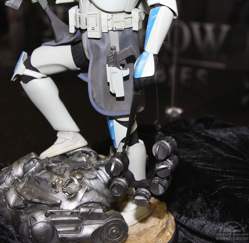 STAR WARS: CAPTAIN REX Premium format Commanderrex5