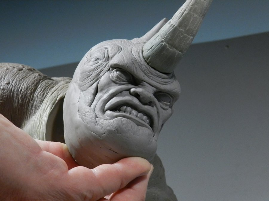 RHINO Comiquette Rhino_sculpture2