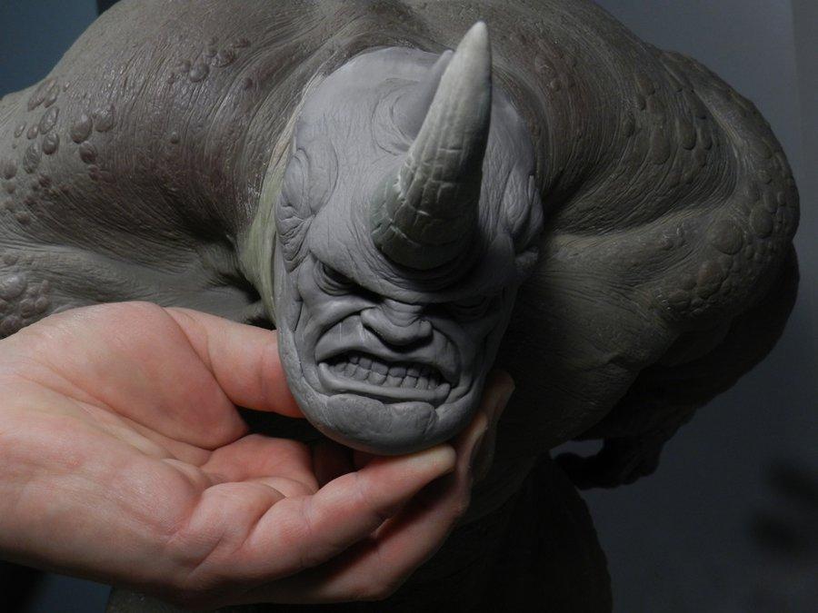 RHINO Comiquette Rhino_sculpture3