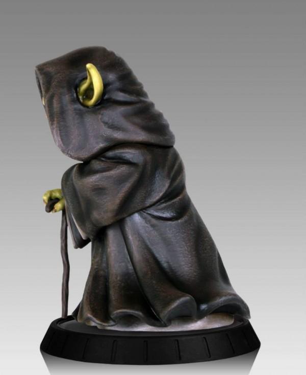 YODA ILUM 1.6 STATUE Yoda-Ilum-Statue-gentle-giant-star-wars03-600x734