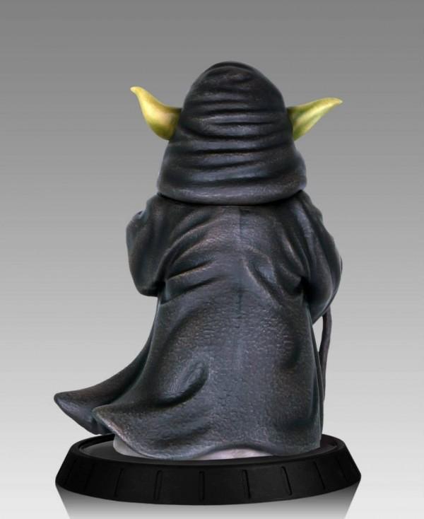 YODA ILUM 1.6 STATUE Yoda-Ilum-Statue-gentle-giant-star-wars04-600x734