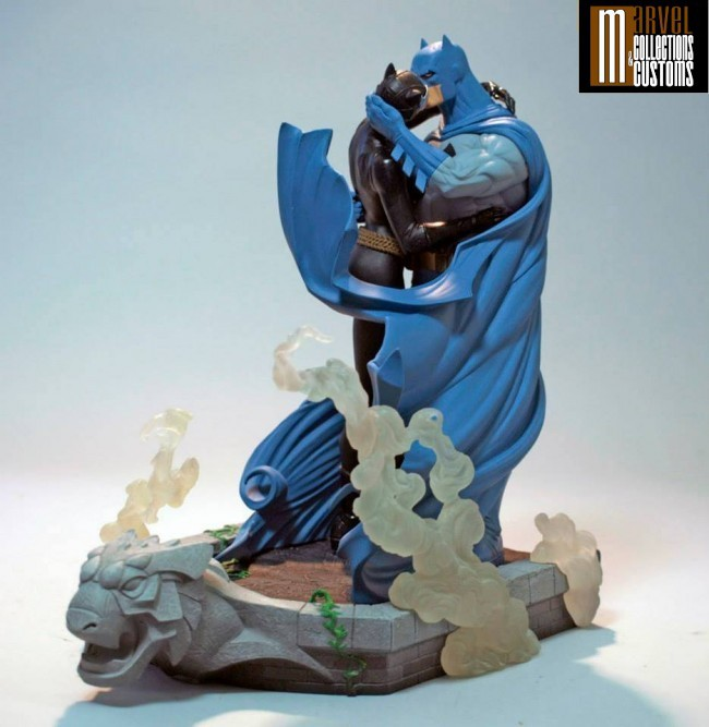 BATMAN & CATWOMAN - THE KISS STATUE 3-DC_Collectibles___Batman___Catwoman_The_Kiss_Statue