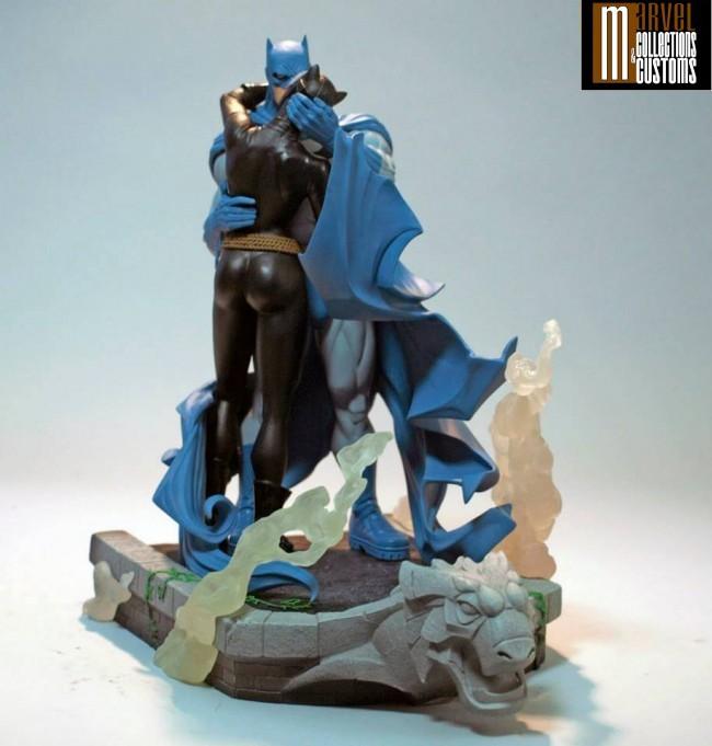 BATMAN & CATWOMAN - THE KISS STATUE 4-DC_Collectibles___Batman___Catwoman_The_Kiss_Statue