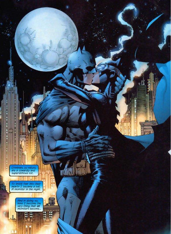 BATMAN & CATWOMAN - THE KISS STATUE 9-DC_Collectibles___Batman___Catwoman_The_Kiss_Statue
