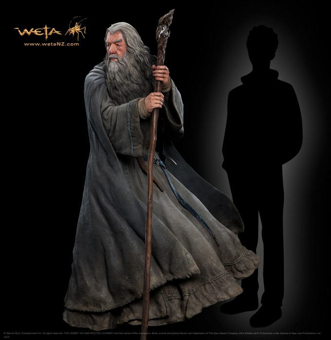 THE HOBBIT :  AN UNEXPECTED JOURNEY : GANDALF THE GREY LIFE-SIZE FIGURE Gandalf_life_size1__Copier_