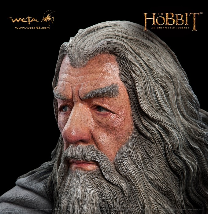 THE HOBBIT :  AN UNEXPECTED JOURNEY : GANDALF THE GREY LIFE-SIZE FIGURE Gandalf_life_size3__Copier_