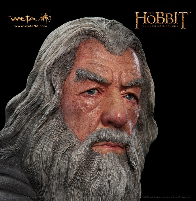 THE HOBBIT :  AN UNEXPECTED JOURNEY : GANDALF THE GREY LIFE-SIZE FIGURE Gandalf_life_size4__Copier_