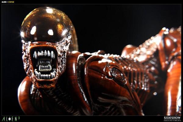 ALIEN 3: ALIEN DOG Statue Alien_dog_press06__Copier_