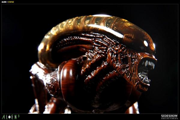 ALIEN 3: ALIEN DOG Statue Alien_dog_press07__Copier_
