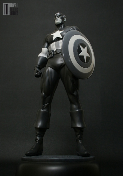 "CAPTAIN AMERICA ""Newsreel Black and White"" Captain_America3_WIP14_copie"
