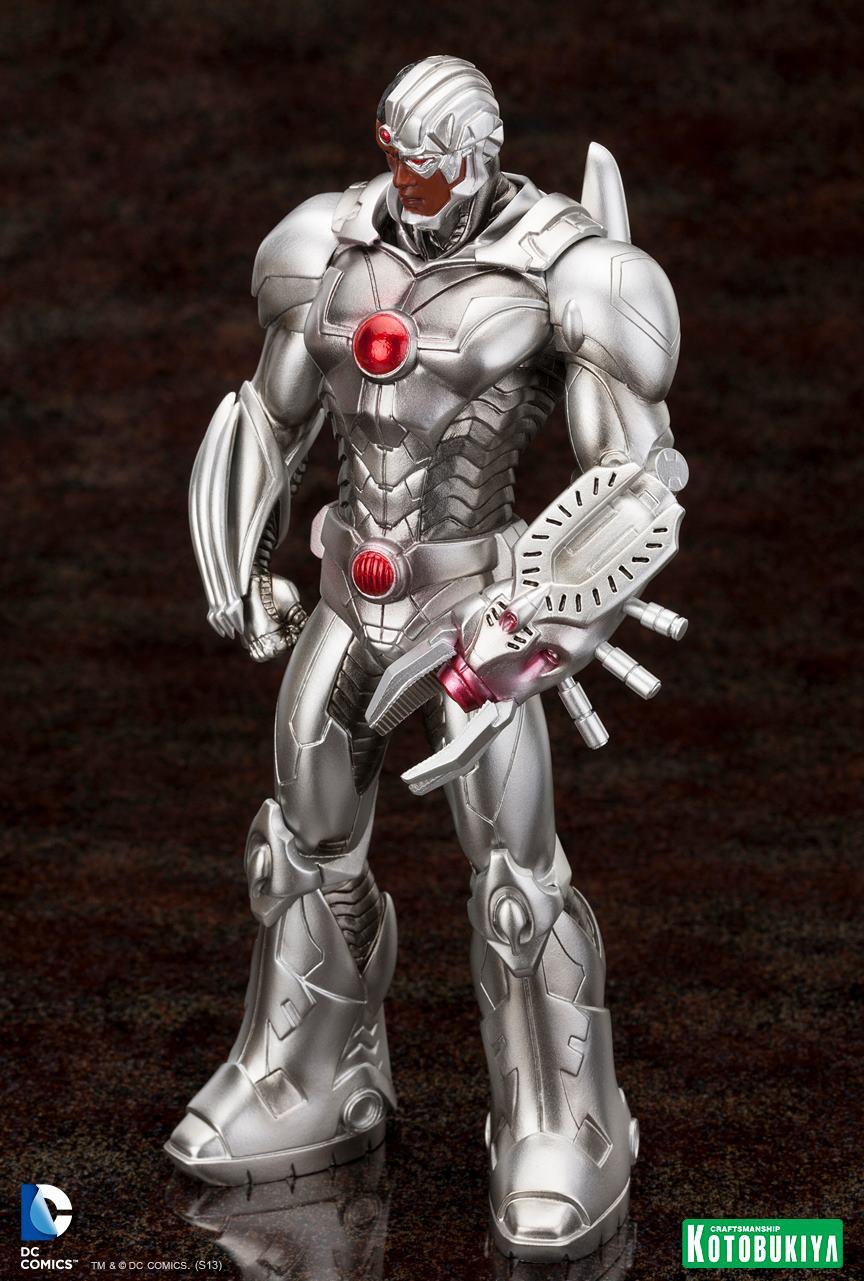 New 52 : Cyborg ARTFX-Cyborg-Justice-League-New-52-Kotobukiya-01