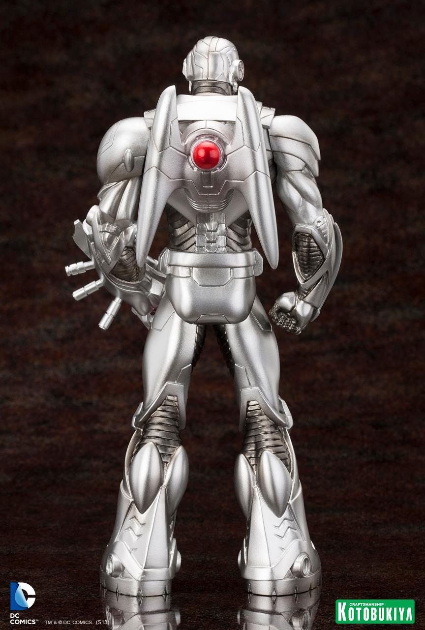 New 52 : Cyborg ARTFX-Cyborg-Justice-League-New-52-Kotobukiya-02