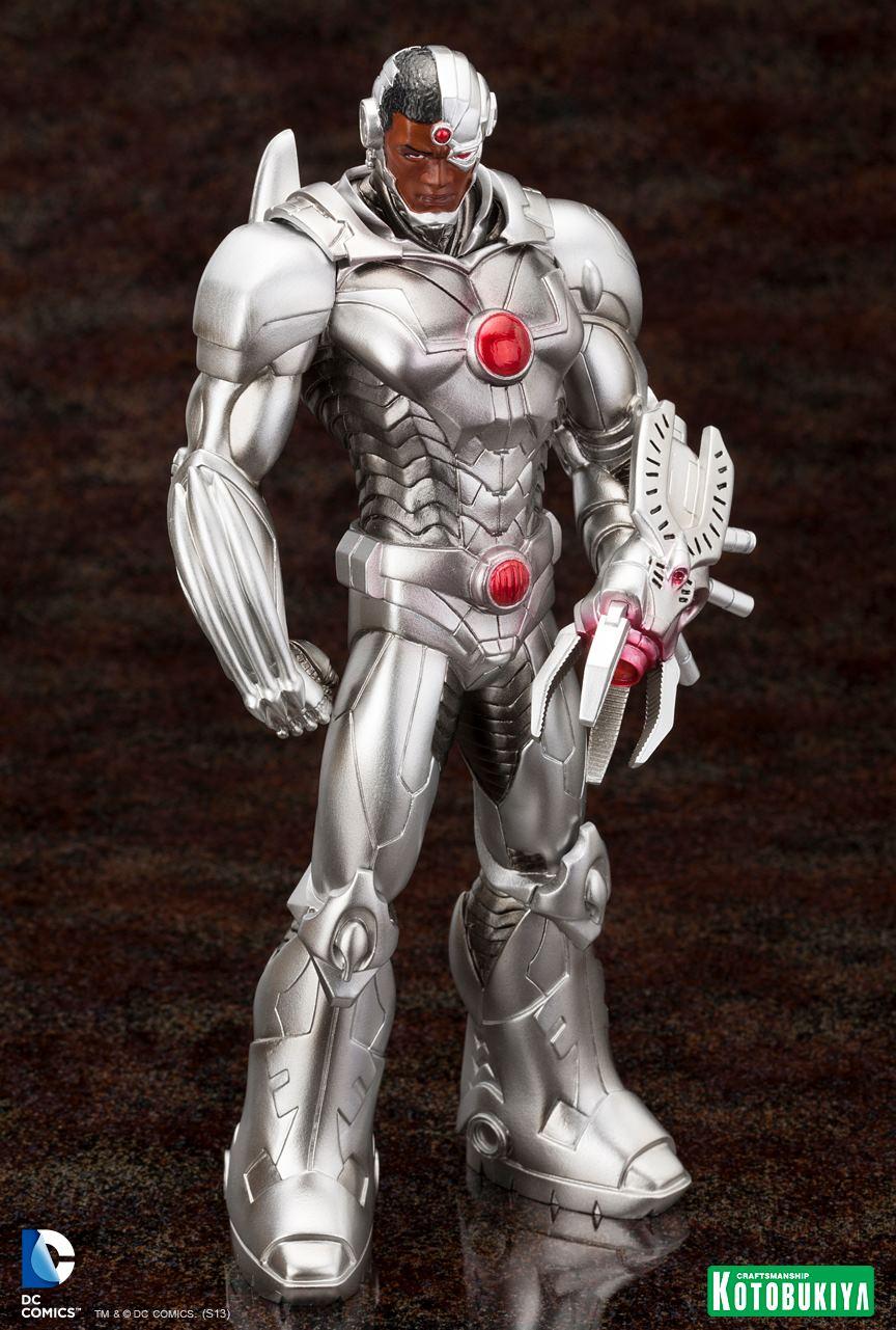 New 52 : Cyborg ARTFX-Cyborg-Justice-League-New-52-Kotobukiya-03