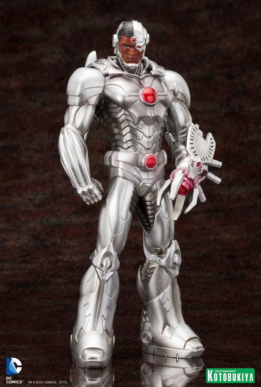 New 52 : Cyborg ARTFX-Cyborg-Justice-League-New-52-Kotobukiya-04