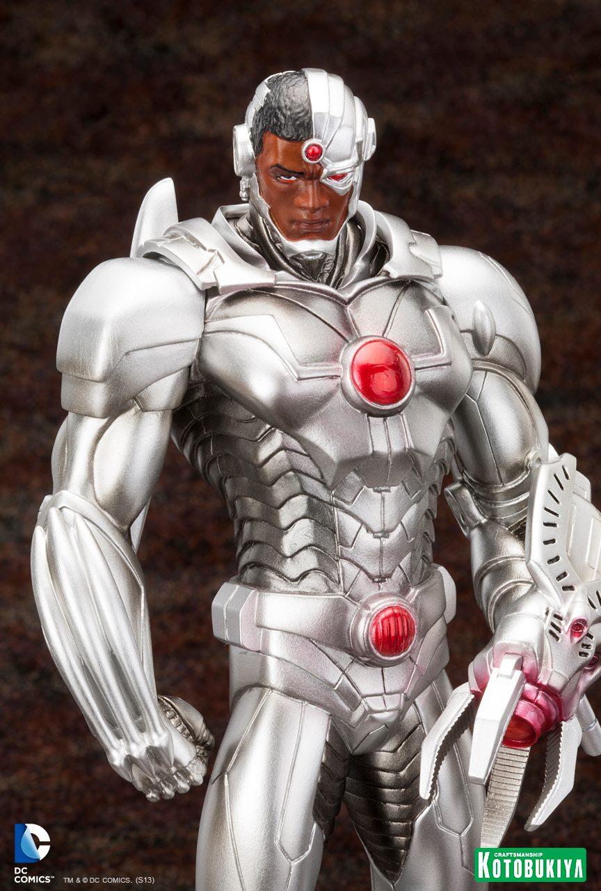 New 52 : Cyborg ARTFX-Cyborg-Justice-League-New-52-Kotobukiya-05