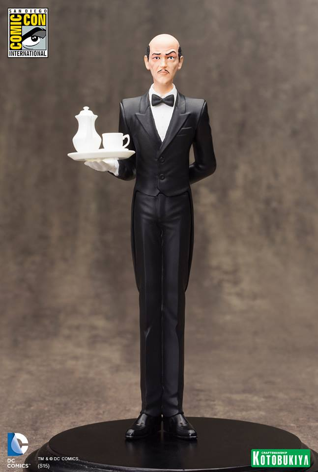 NEW 52 : ALFRED PENNYWORTH SDCC Limited Edition Alfred_Pennyworth_SDCC_Limited_Edition_ARTFX__1