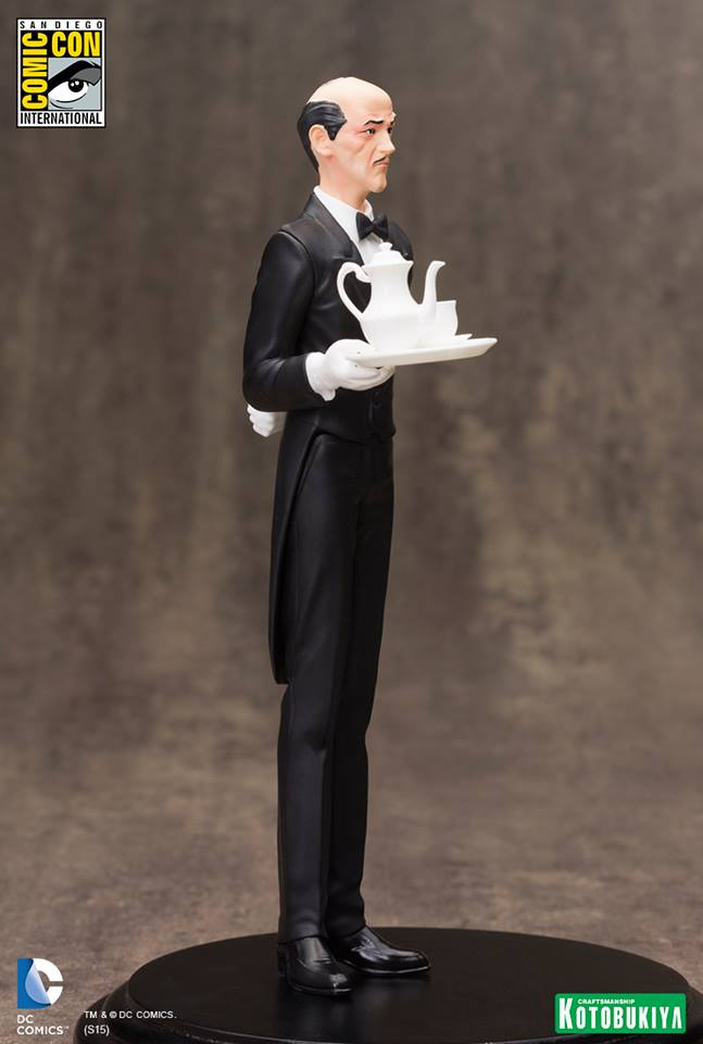 NEW 52 : ALFRED PENNYWORTH SDCC Limited Edition Alfred_Pennyworth_SDCC_Limited_Edition_ARTFX__2