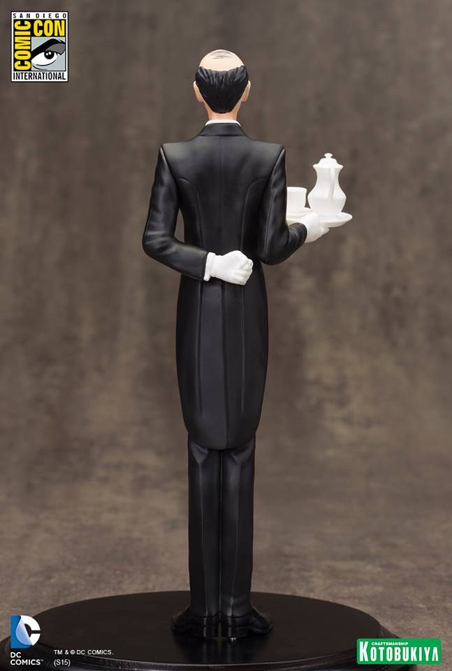 NEW 52 : ALFRED PENNYWORTH SDCC Limited Edition Alfred_Pennyworth_SDCC_Limited_Edition_ARTFX__5