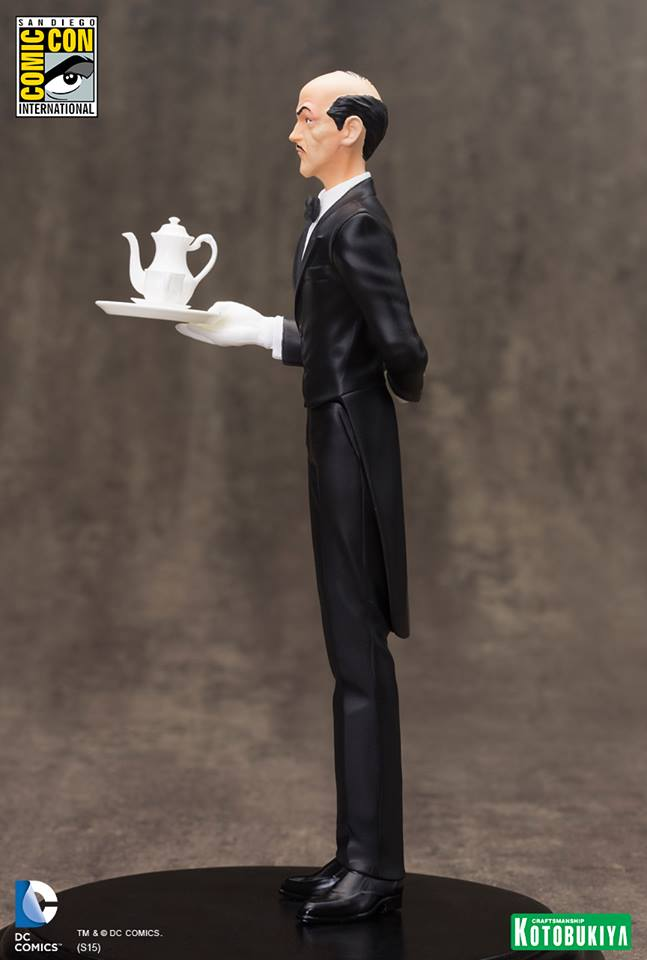 NEW 52 : ALFRED PENNYWORTH SDCC Limited Edition Alfred_Pennyworth_SDCC_Limited_Edition_ARTFX__6