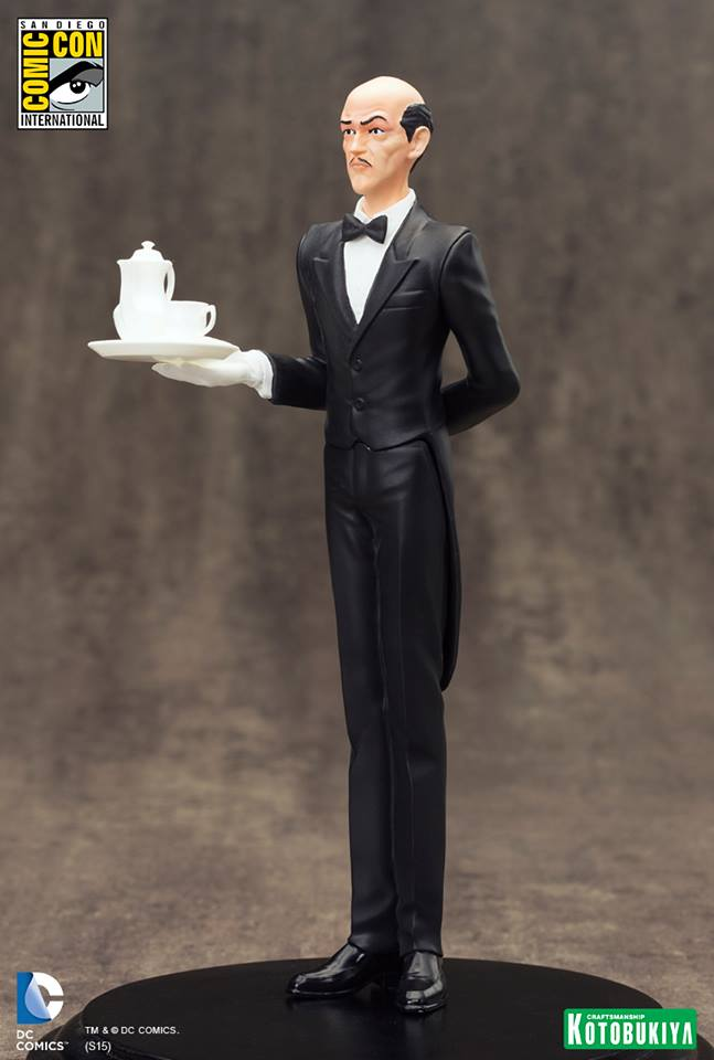 NEW 52 : ALFRED PENNYWORTH SDCC Limited Edition Alfred_Pennyworth_SDCC_Limited_Edition_ARTFX__7