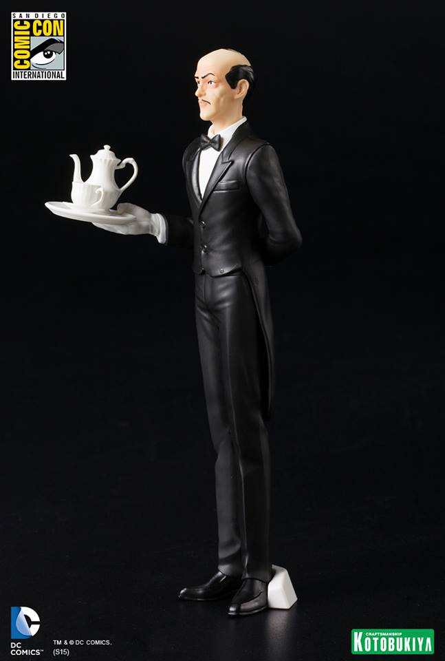 NEW 52 : ALFRED PENNYWORTH SDCC Limited Edition Alfred_Pennyworth_SDCC_Limited_Edition_ARTFX__9