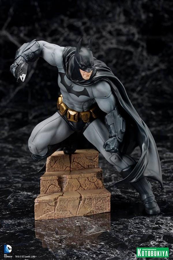 ARKHAM CITY : BATMAN Batman-Arkham-City-Kotobukiya-ARTFX_-DC-Comics-02