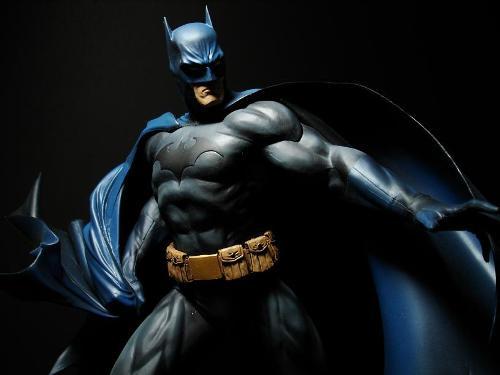 DC BATMAN DELUXE VINYL - JIM LEE HUSH VERSION Batman_Lee_4