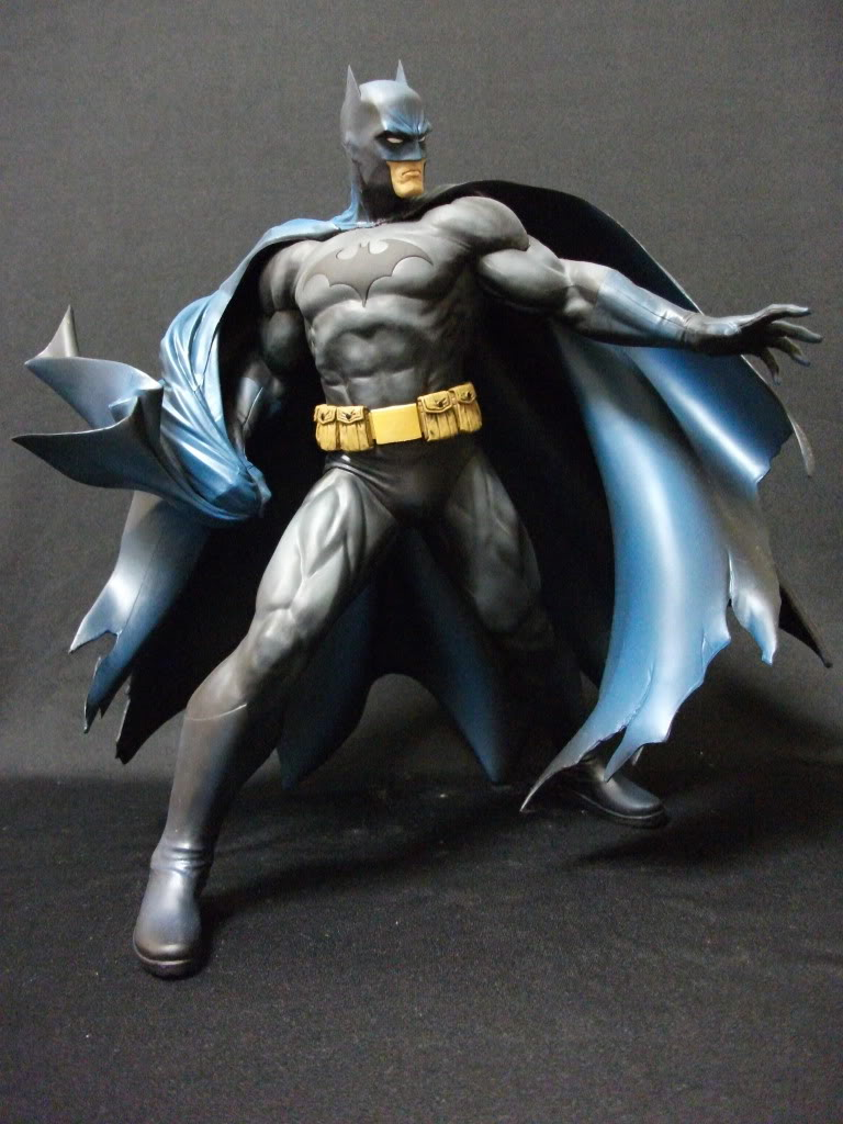 DC BATMAN DELUXE VINYL - JIM LEE HUSH VERSION Batman_Lee_6