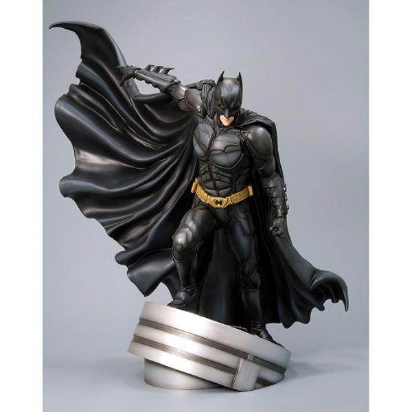 """THE DARK KNIGHT BATMAN """"DARK KNIGHT BAT-SUIT"""" Batman_the_dark_knight"""