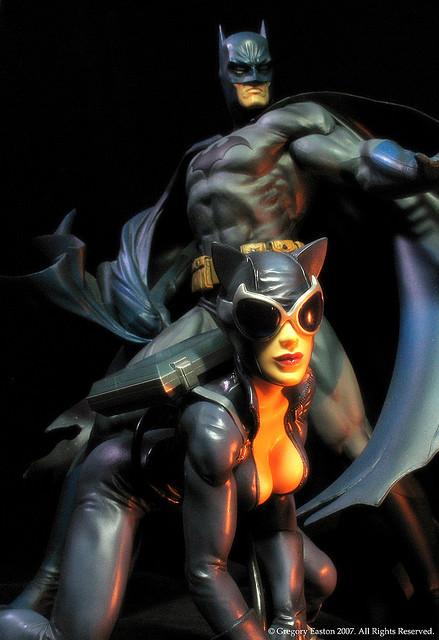 DC CATWOMAN DELUXE VINYL - JIM LEE HUSH VERSION Catwoman_et_Batman_1