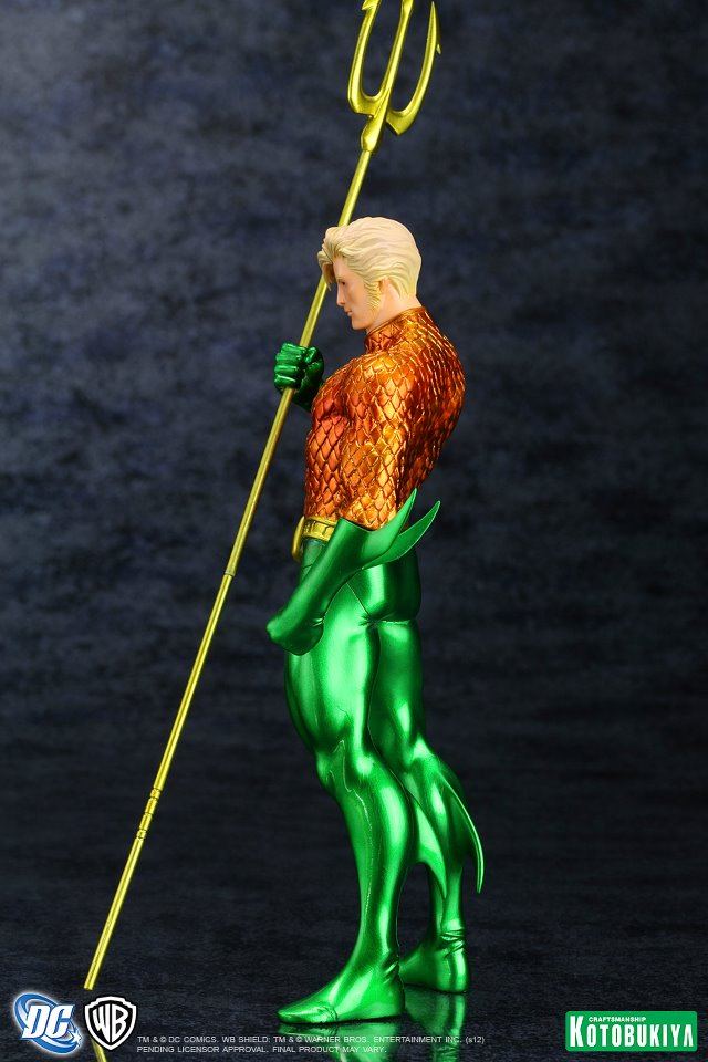 NEW 52 : Aquaman DC_Comics_Aquaman_New_52_Justice_League_ARTFX__Statue4