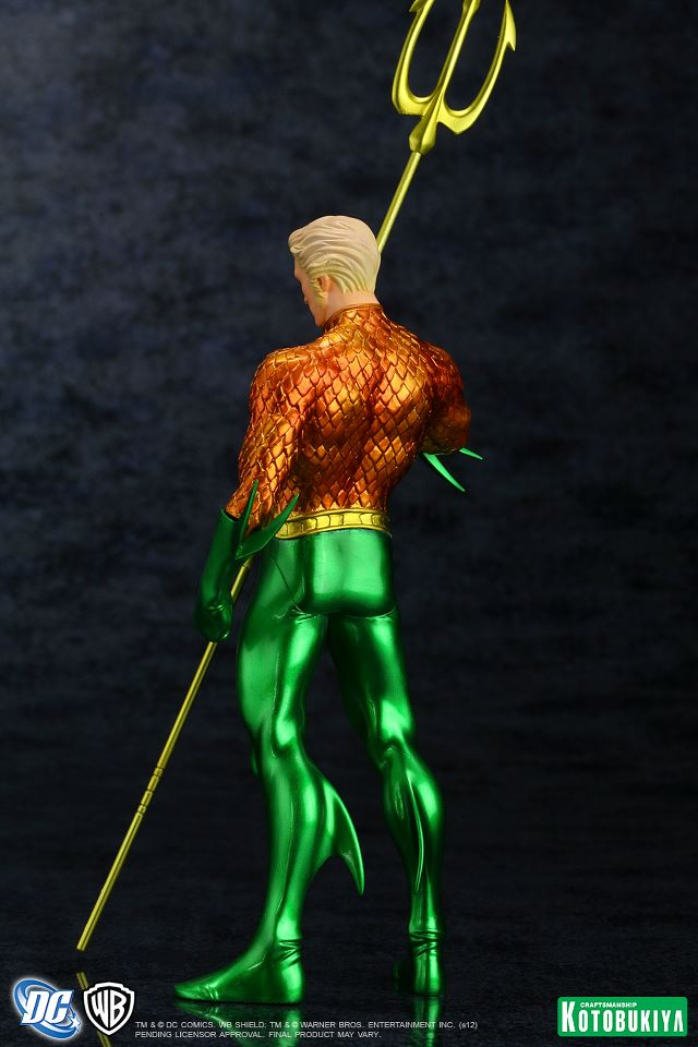 NEW 52 : Aquaman DC_Comics_Aquaman_New_52_Justice_League_ARTFX__Statue5